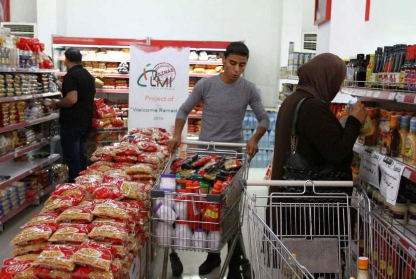 LMI Kirim Paket Bahan Makanan untuk Keluarga Anak Yatim Gaza