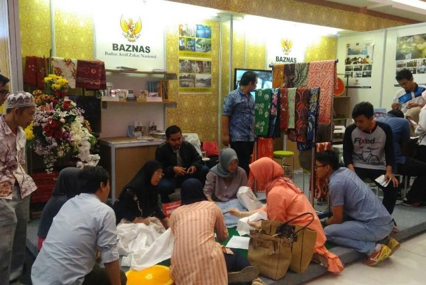 Basnaz  mengembangkan berbagai model program ekonomi berbasis dana zakat bagi warga kurang mampu dan golongan mustahik (penerima zakat) lainnya (Ilustrasi)
