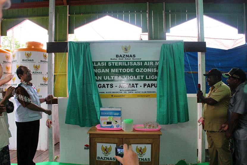 Baznas resmikan pembangunan instalasi air minum di Asmat