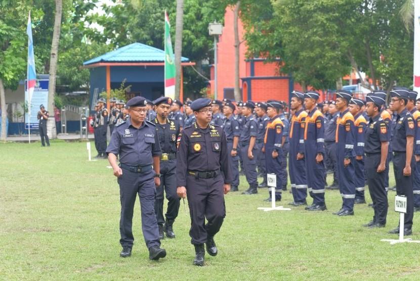 Bea Cukai Indonesia dan Malaysia menggelar patroli bersama untuk mengamankan Selat Malaka