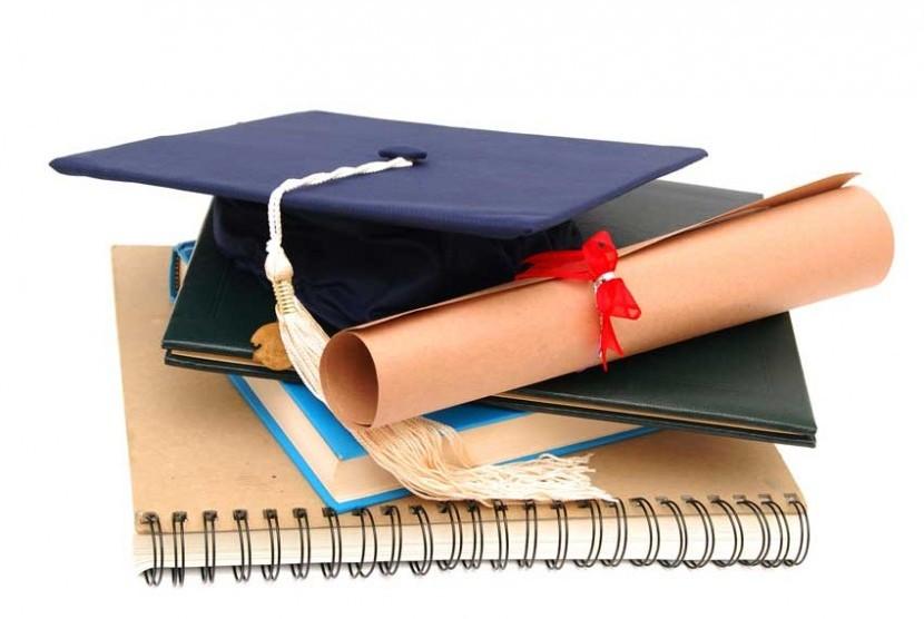 pemkab-banyuwangi-beri-beasiswa-30-dokter-spesialis