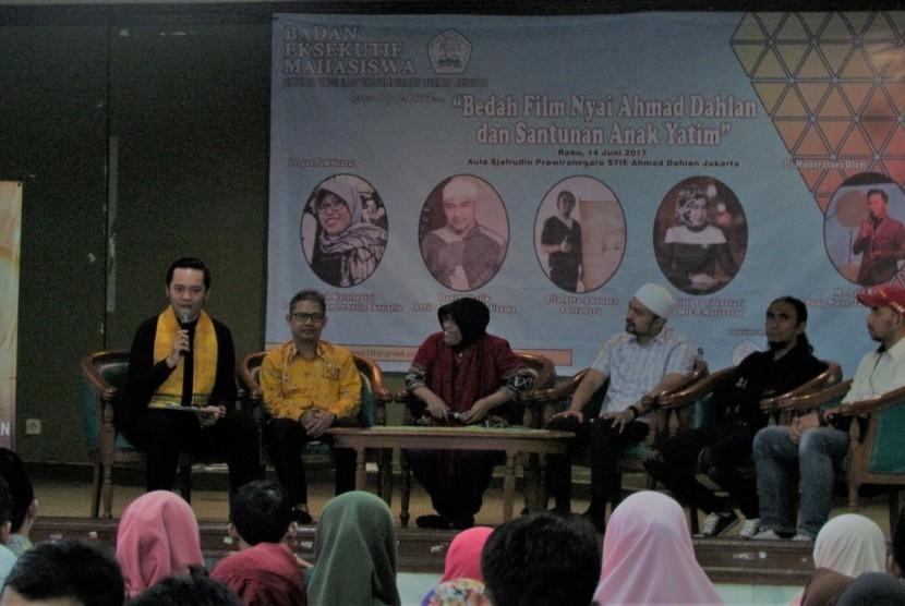 Bedah film 'Nyai Ahmad Dahlan'.
