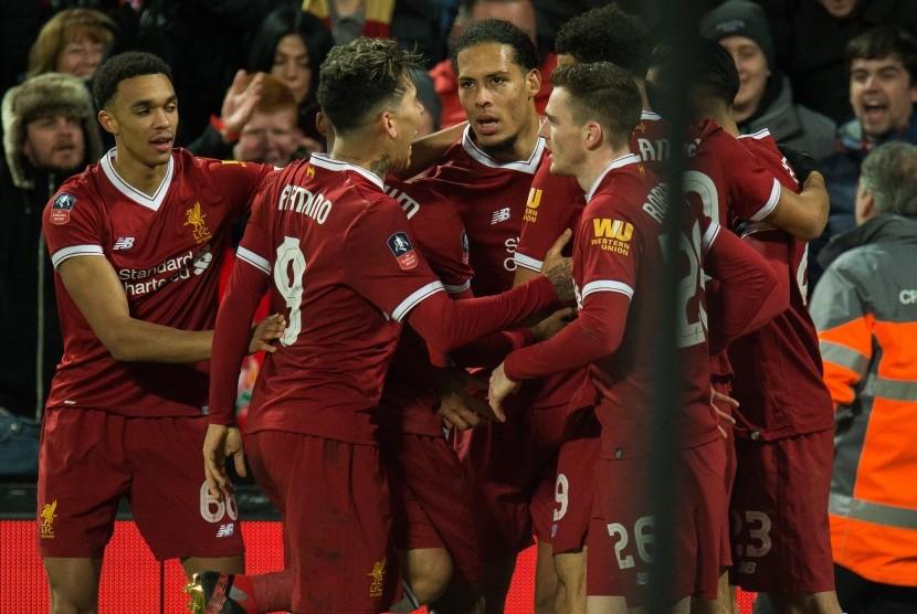 Hasil Piala FA: Liverpool Menang, MU Gemilang