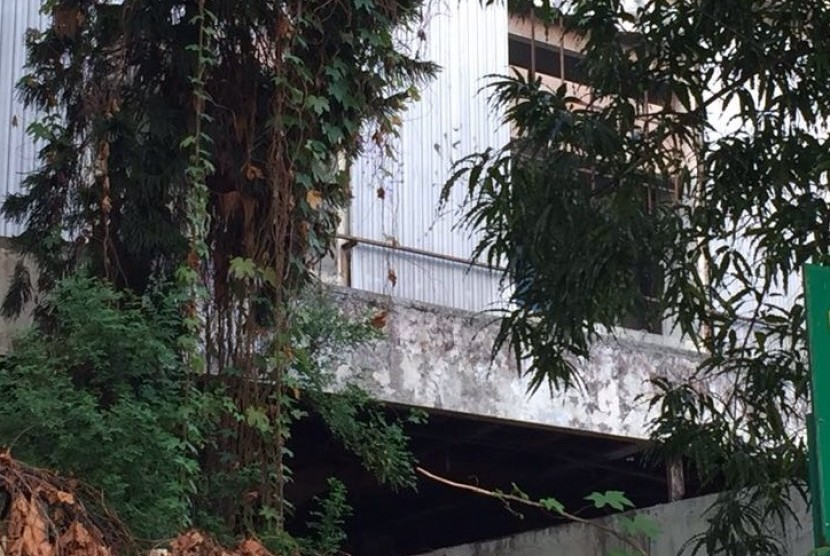 Bekas kantor CC PKI di Jalan Kramat Raya yang sudah tak terurus.