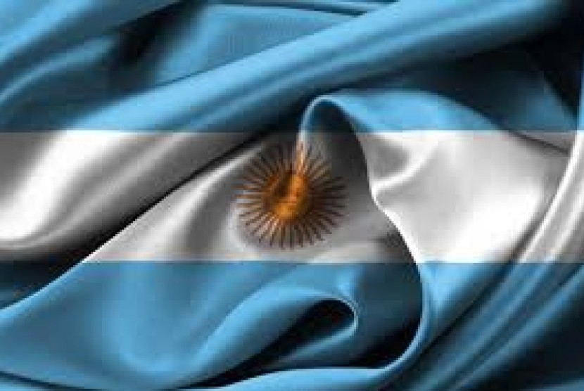 Aparat Cari Cara Tangkap Mantan Presiden Argentina
