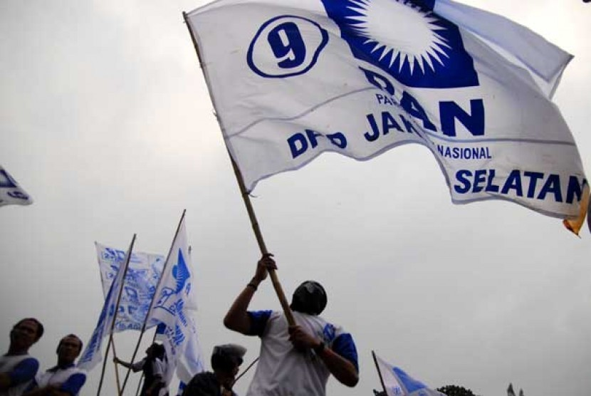 Bendera Partai Amanat Nasional