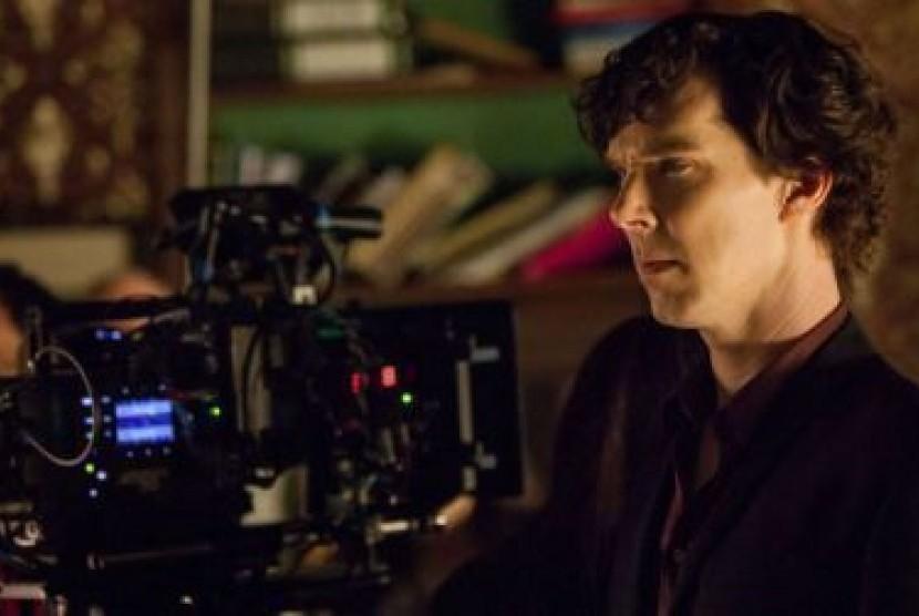 Benedict Cumberbatch akan kembali lewat serial Sherlock musim penayangan ketiga.
