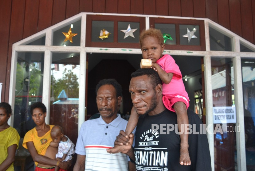 Children who suffered malnutrition and measles were treated at church hall in Agats, Asmat, on January 25.
