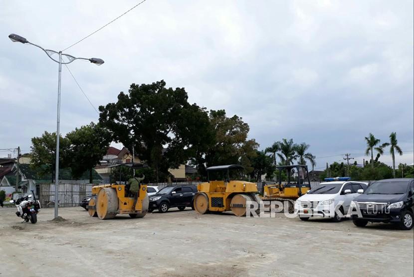 Berbagai persiapan acara Bobby-Kahiyang di Medan terus dirampungkan. Pihak keluarga berkoordinasi secara intensif dengan pihak eksternal, seperti polisi, TNI dan Pemkot Medan terkait acara ini.