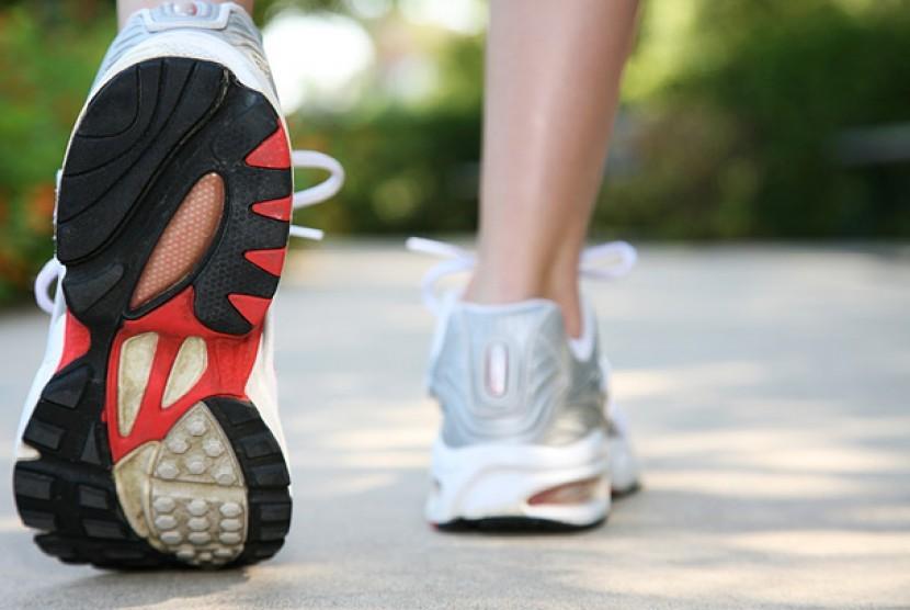 Berjalan kaki, salah satu cara melangsingkan tubuh