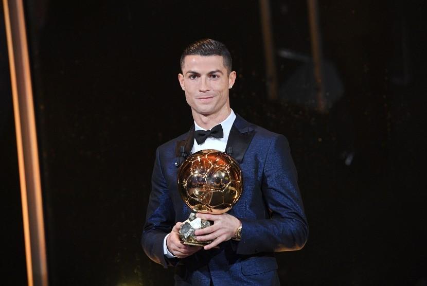 Legenda Barcelona ke CR7: Kamu Bukan yang Terbaik