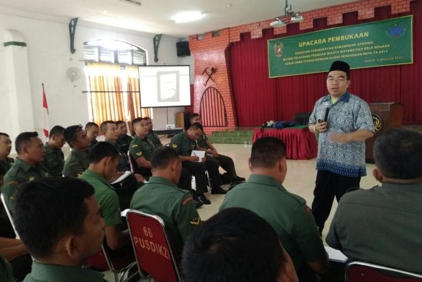 Bintara Pembina Desa (Babinsa) dari Kodam III Siliwangi, Kodam IV Diponegoro, Kodam V Brawijaya, dan Kodam Jaya mengikuti pelatihan matematika bela negara.