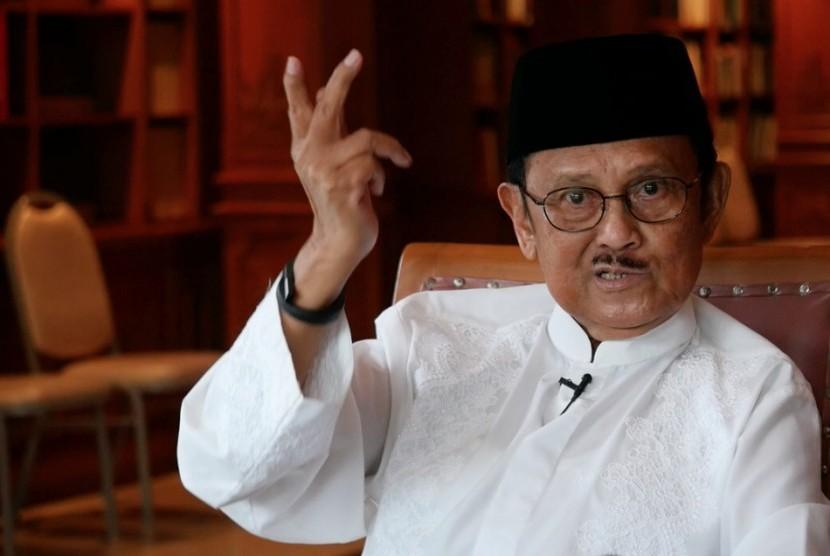 BJ Habibie: Almarhum AM Fatwa adalah Seorang Pejuang