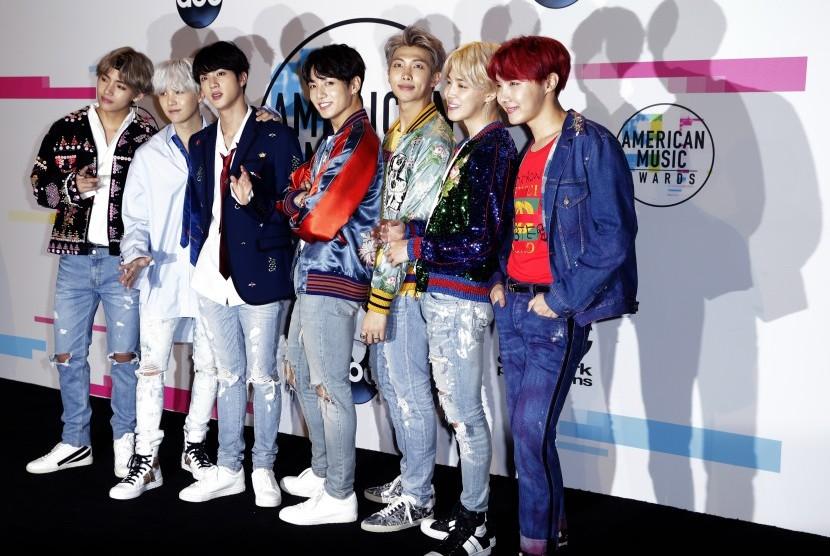 RM BTS Buat ARMY Penasaran Soal Mixtape J-Hope