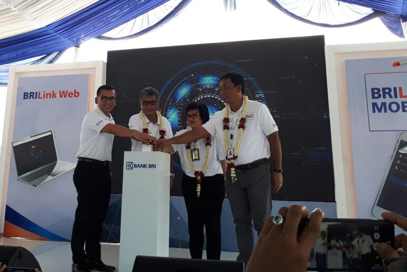 BRILink Mobile Andalan Menjangkau Masyarakat Pelosok  Republika Online