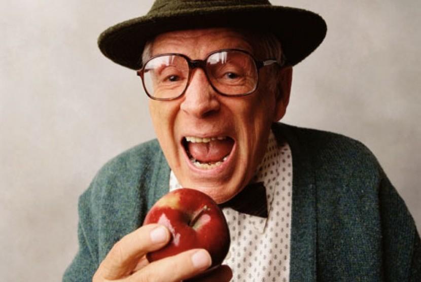 Buah apel dapat menghindari kepikunan