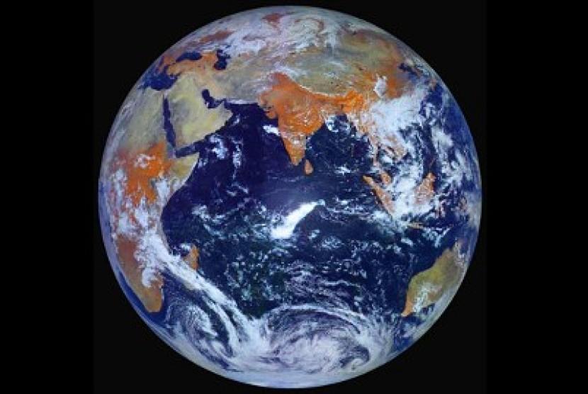 Bumi dari satelit Rusia