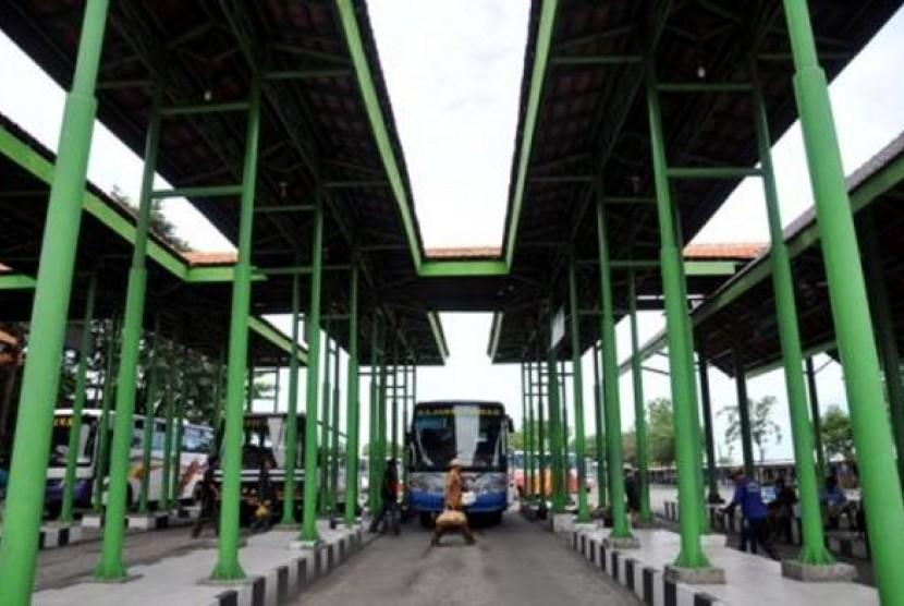 Dishub Surabaya Siapkan 5 Bus Tambahan ke Bali