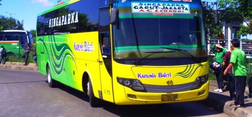 Bus Karunia Bakti jurusan Garut-Jakarta. (ilustrasi)