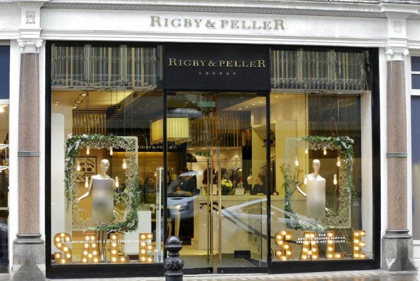 Butik pakaian dalam Rigby & Peller di Chelsea, London, Inggris.