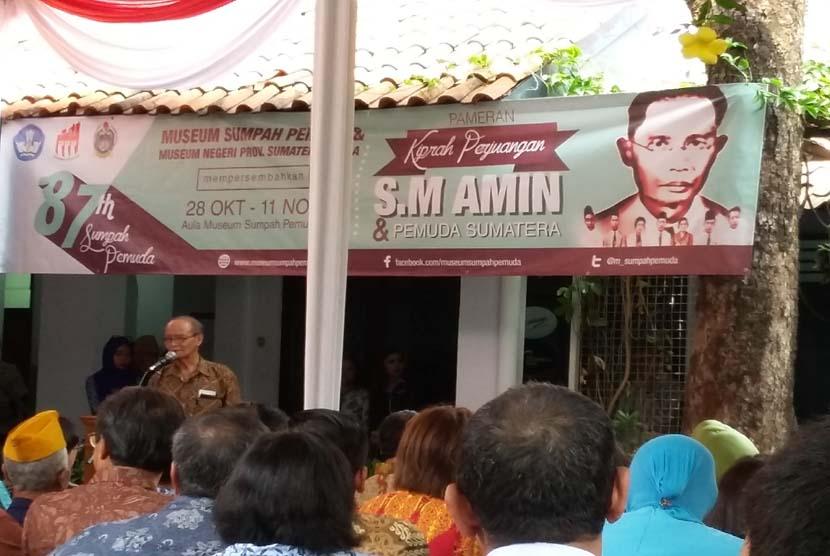 Buya Syafii Maarif memberikan sambutan pada pembukaan Pameran Kiprah Perjuangan MR SM Amin dan Pemuda Sumatera di Museum Sumpah Pemuda Jakarta, Rabu (28/10). Syafii Maarif menegaskan SM Amin sangat pantas diberi gelar Pahlawan Nasional.