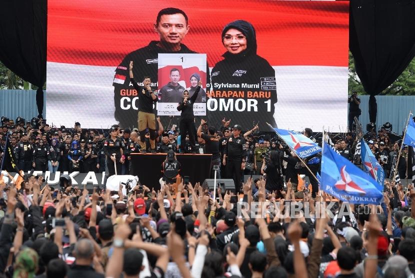 Tim pemenangan Basuki Tjahaja Purnama (Ahok) dan Djarot Saiful Hidayat menganggap pendukung Agus Harimurti Yudhoyono-Sylviana murni adalah kelompok Islam moderat dan nasionalis.