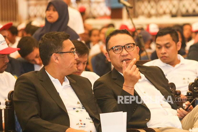 CEO Pelindo III  IG.N Askhara Danadiputra dan CEO ITDC Abdulbar M Mansoer.