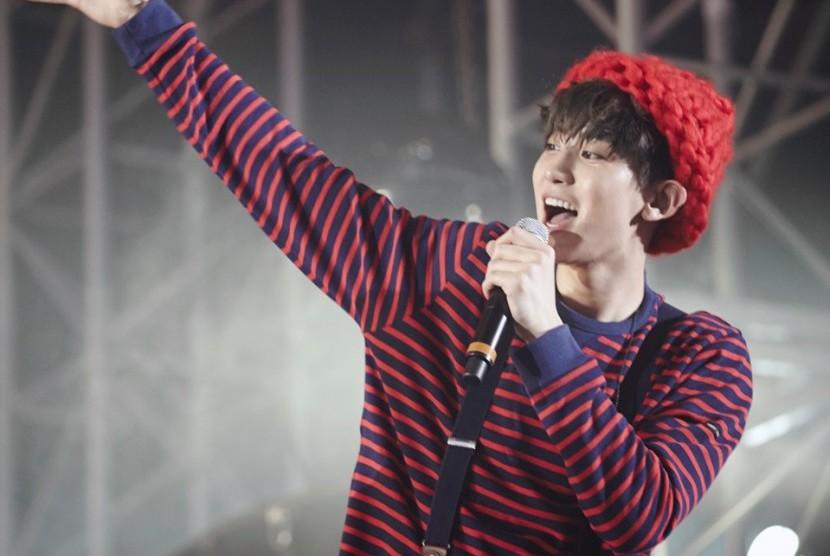 Chanyeol Ucapkan Selamat Ultah untuk Lay EXO