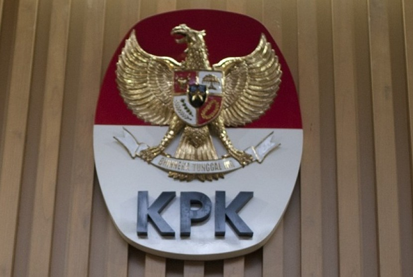 Corruption Eradication Commission (KPK) is an extraordinary government law-enforcement body set up at the end of 2003 to fight corruption. (illustration)