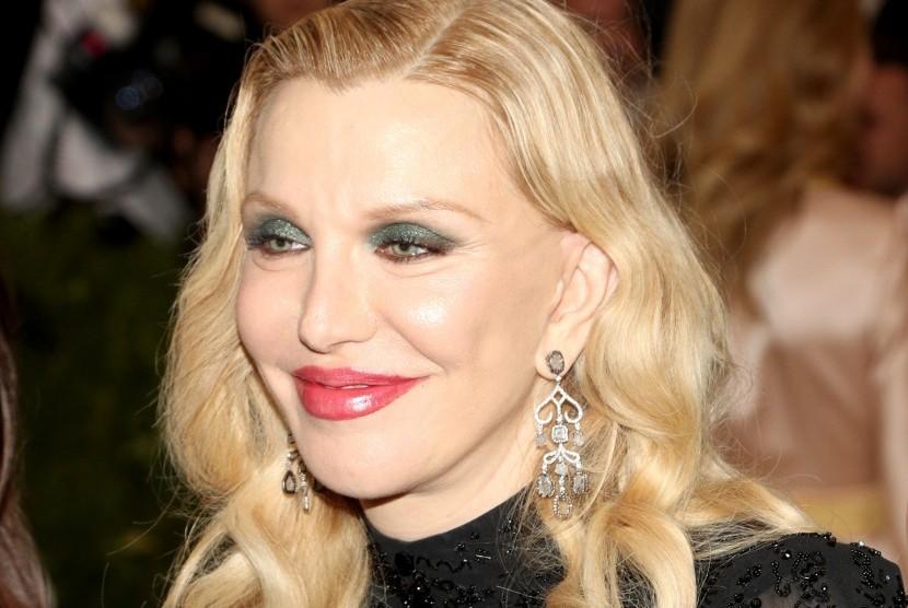Courtney Love Sudah Peringatkan Perilaku Buruk Weinstein