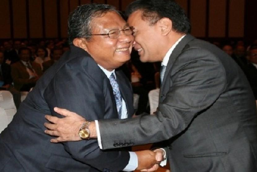 Darmin Nasution dan Agus Marto