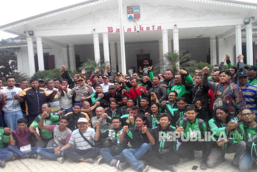 Deklarasi damai angkot-ojek online di balaikota Bogor.