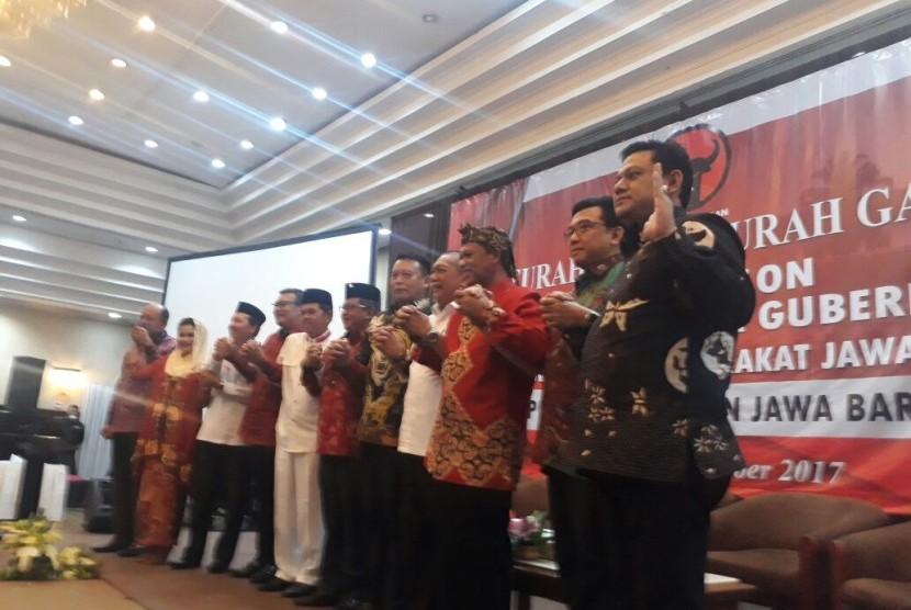 Delapan Tokoh, Hadiri Curah Gagasan Bakal Cagub dan Cawagub Jabar yang digelar oleh DPD PDIP Jabar, di Hotel Horison, Rabu (25/10).