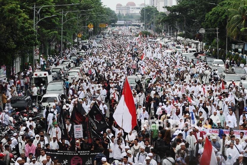 Media Asing Sebut Aksi Damai 2 Desember Sebagai Upaya Muslim Indonesia Bersatu