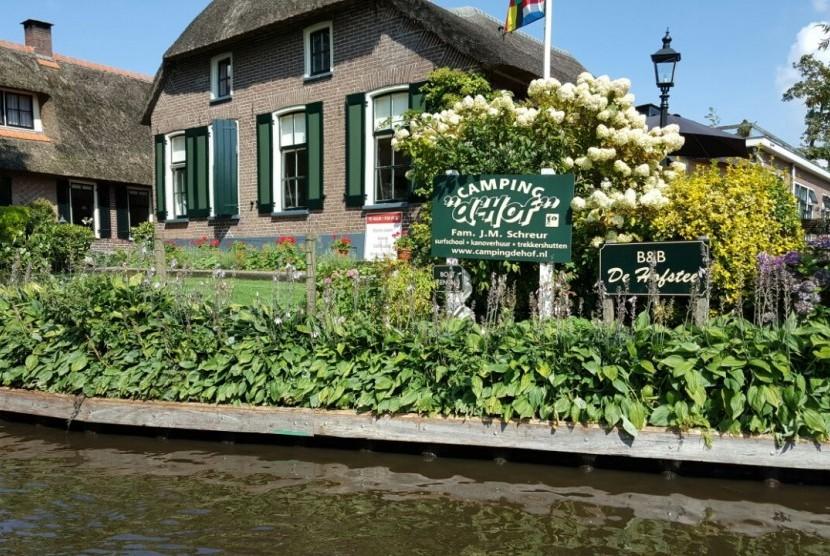 Desa Giethoorn di Belanda, tenang dan memesona.