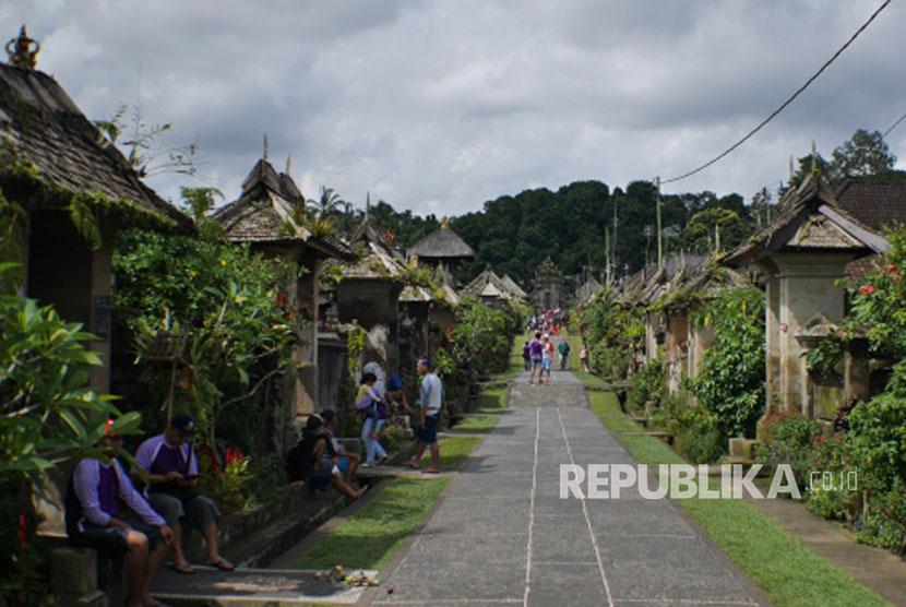 Pemprov Bali Naikkan Bantuan Desa Adat