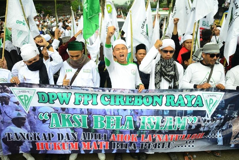 Sate Kota Bandung M A Meneriakkan Takbir Pada Aksi Demonstrasi