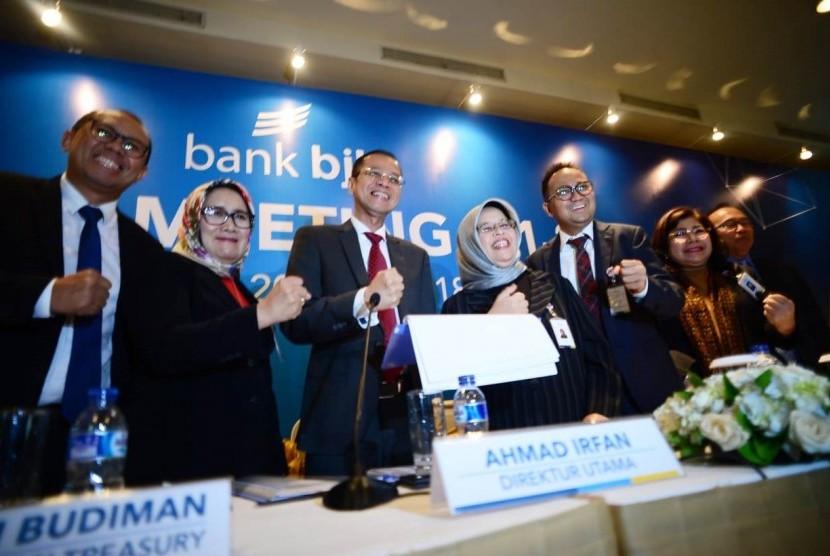 Direksi Bank BJB dalam analyst meeting 1Q 2018 di The Ritz Carlton, Jakarta, Jumat (20/4). Foto: Yogi Ardhi