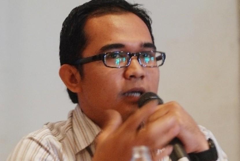 Direktur Advokasi Pukat UGM, Oce Madril.