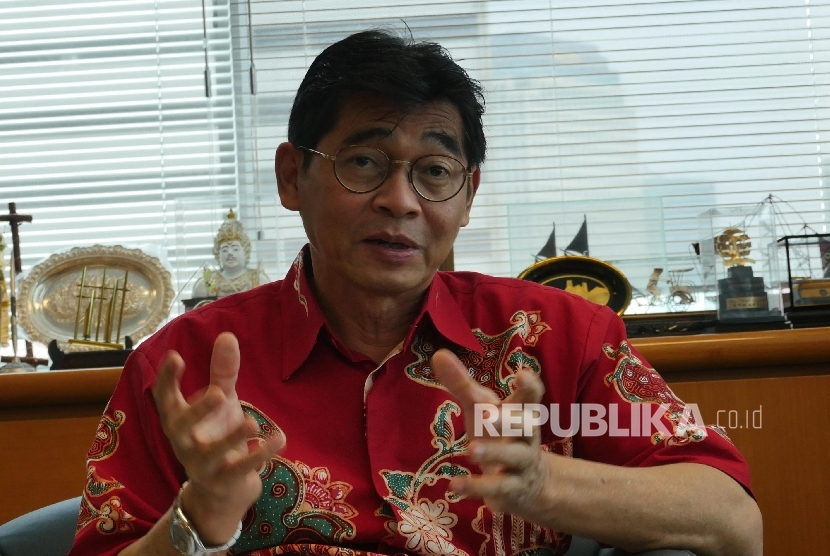 Direktur Jenderal Pembelajaran dan Kemahasiswaan Kementrian Riset Teknologi dan Pendidikan Tinggi Intan Ahmad, Ph.D. Prof.