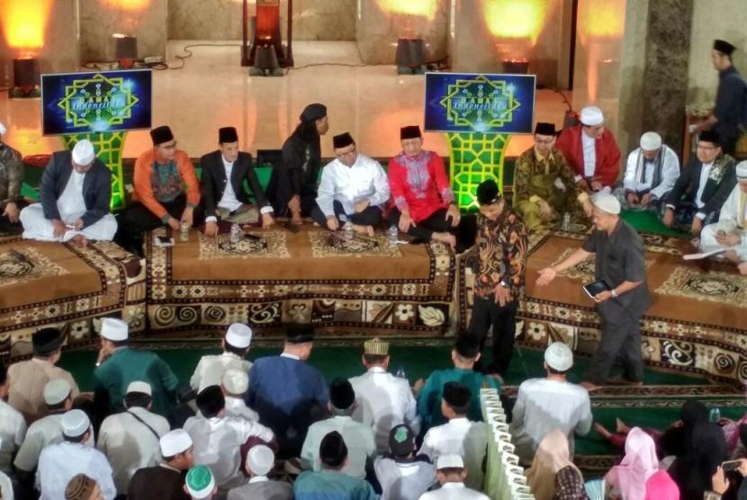 Direktur Utama PT JIEP, Rahmadi Nugroho dan Halal Bihalal D'ai dan Umat Islam Jakarta, Senin (17/7).