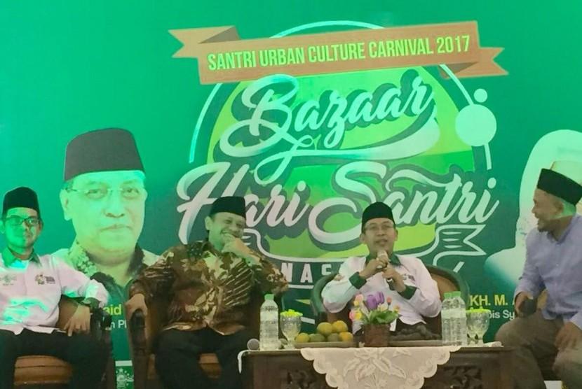 Diskusi E-Literacy untuk Penguatan Pendidikan, dalam Rangkaian Hari Santri 2017, Maspion Square, Surabaya, Rabu-Sabtu (25-27)