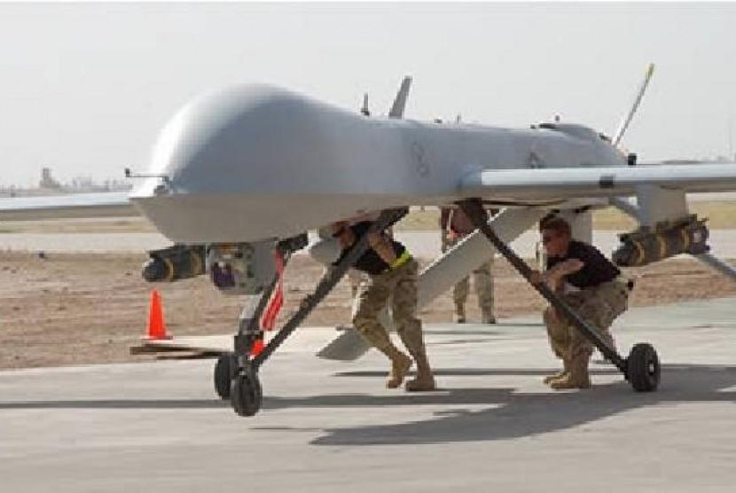 Drone, pesawat tak berawak sedang digotong pasukan AS