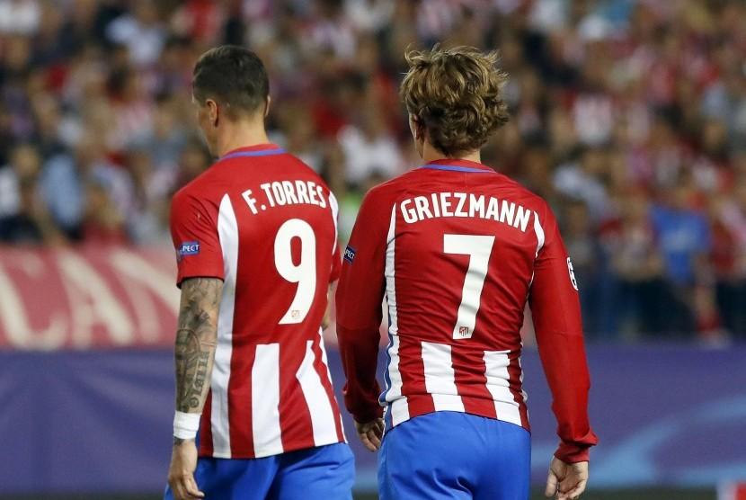 Dua penggawa Atletico Madrid, Fernando Torres dan Antoine Griezmann.