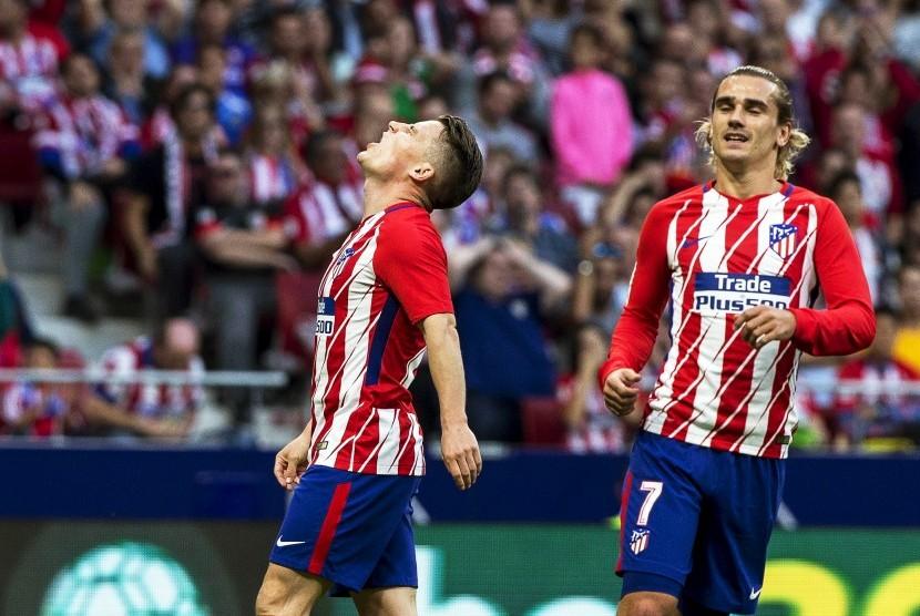 Dua striker Atletico Madrid, Kevin Gameiro (kiri) dan Antoine Griezmann.