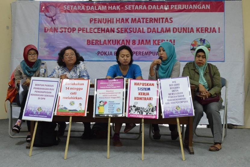 Edukasi tentang kondisi kerja yang tidak ramah, pelecehan dan kekerasan seksual pada pekerja perempuan pada segala sektor. (Ilustrasi)