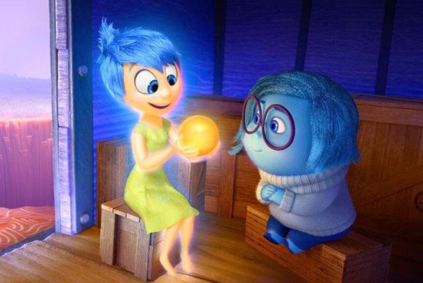 Emosi yang berkonflik...karakter 'Joy' dan 'Sadness' dalam film 'Inside Out'.