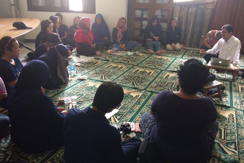 Empowering Indonesia beri pembinaan bagi warga lapas.