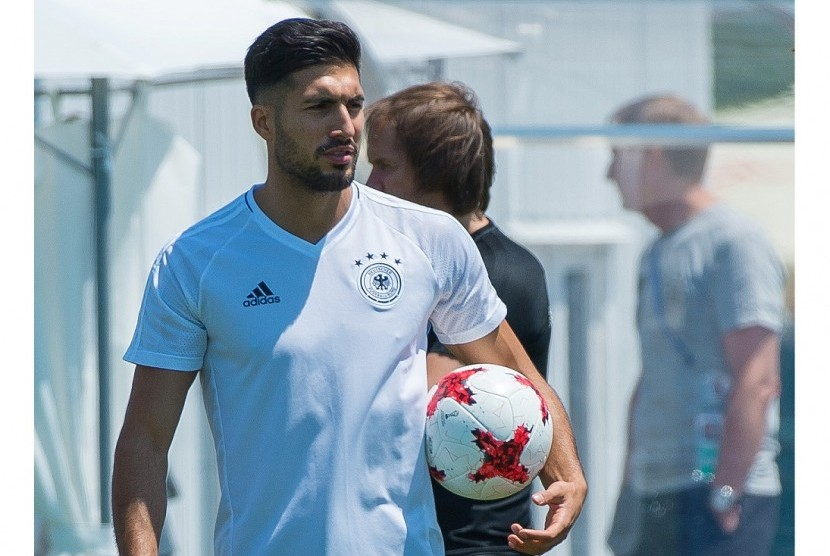 Manchester City Ikut Mengincar Emre Can