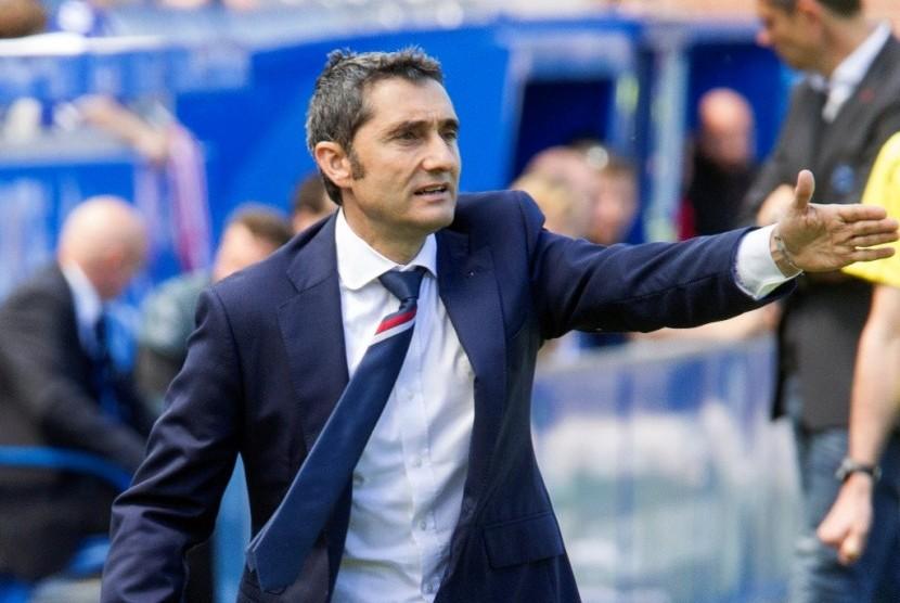 Valverde Tinggalkan Bilbao Jelang Pengumuman Pelatih Barcelona